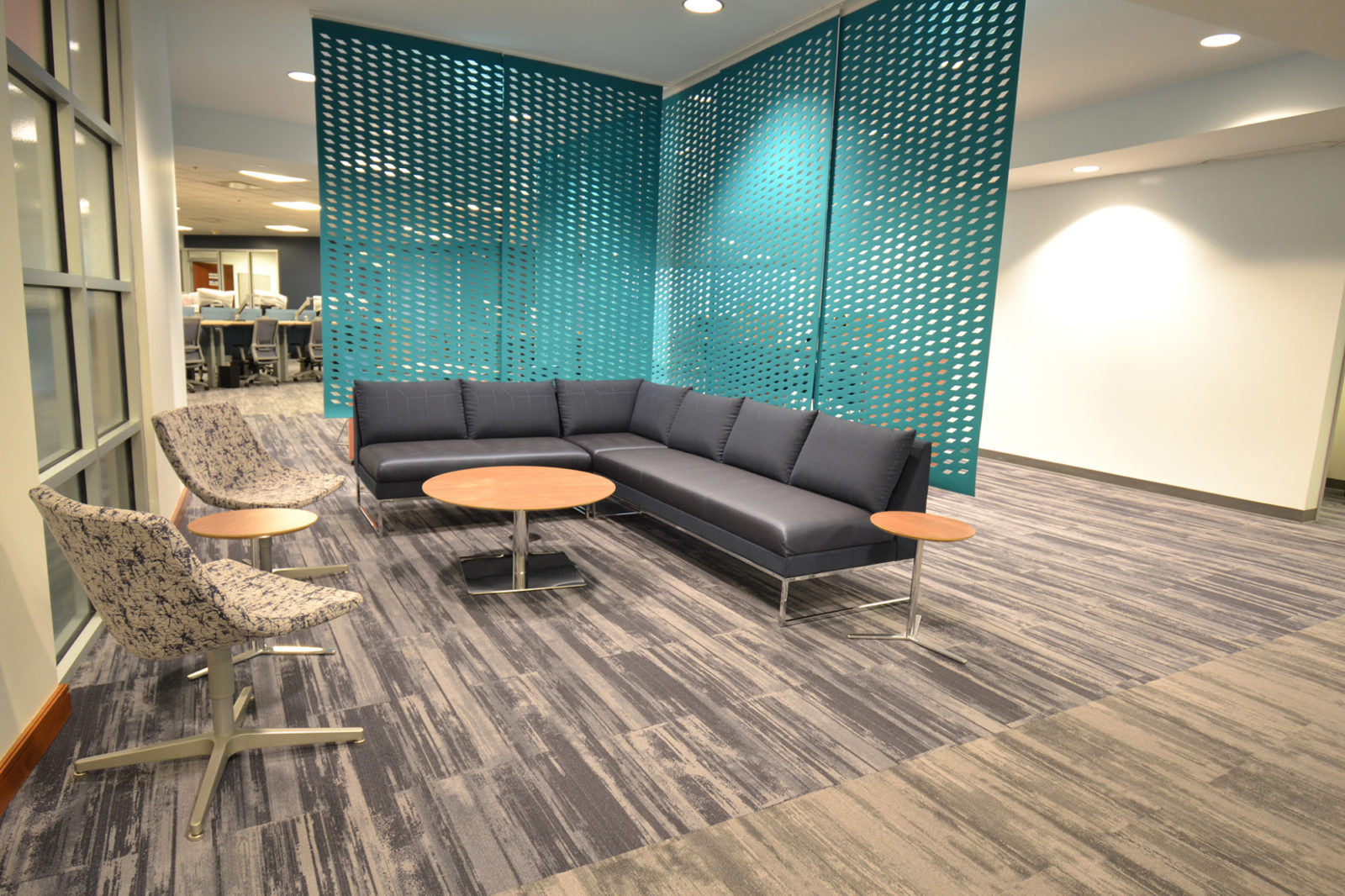 Prof. Services Firm Project Highlight: divider partition walls and lounge area