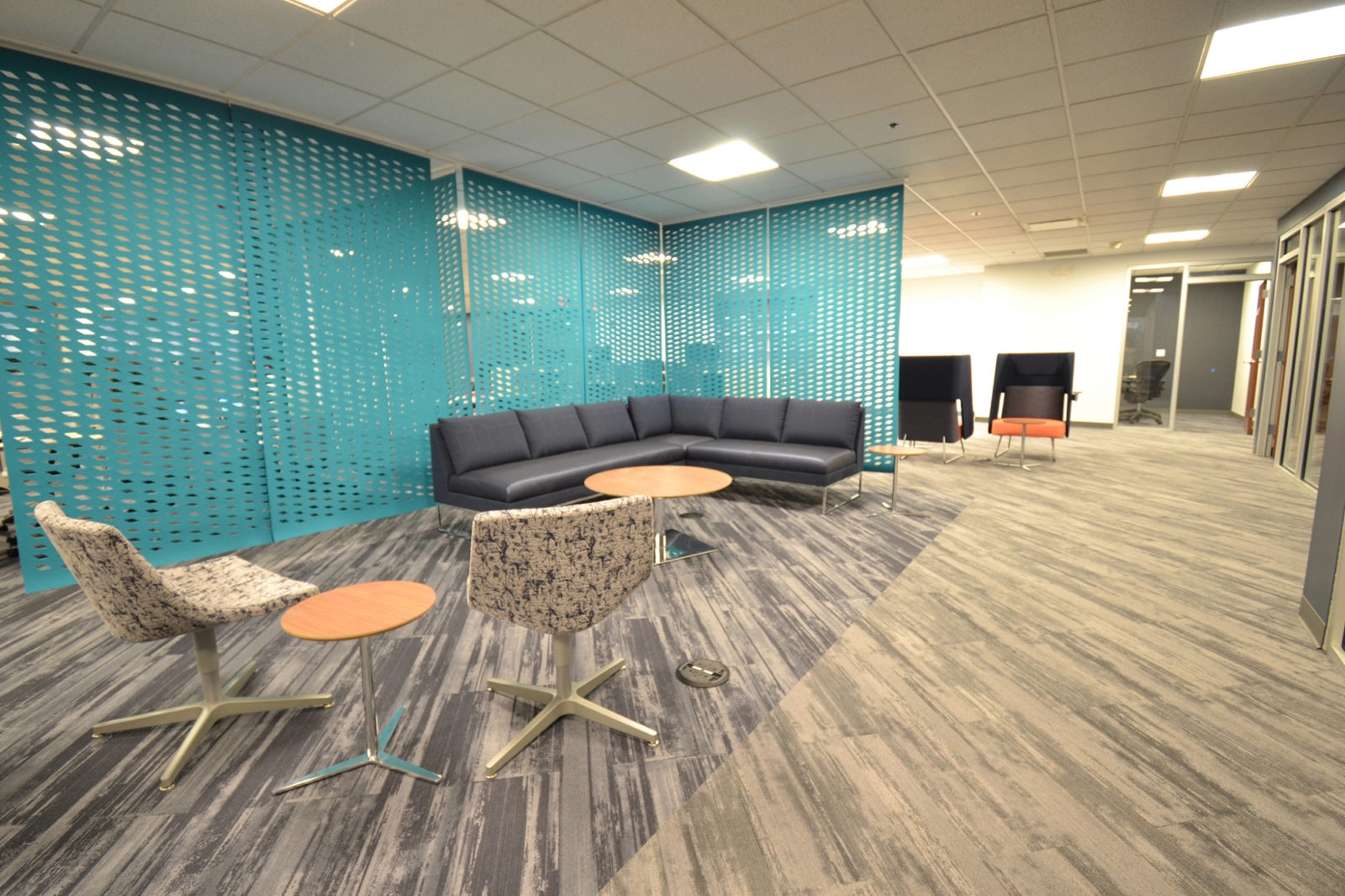 Prof. Services Firm Project Highlight: lounge area and partition walls