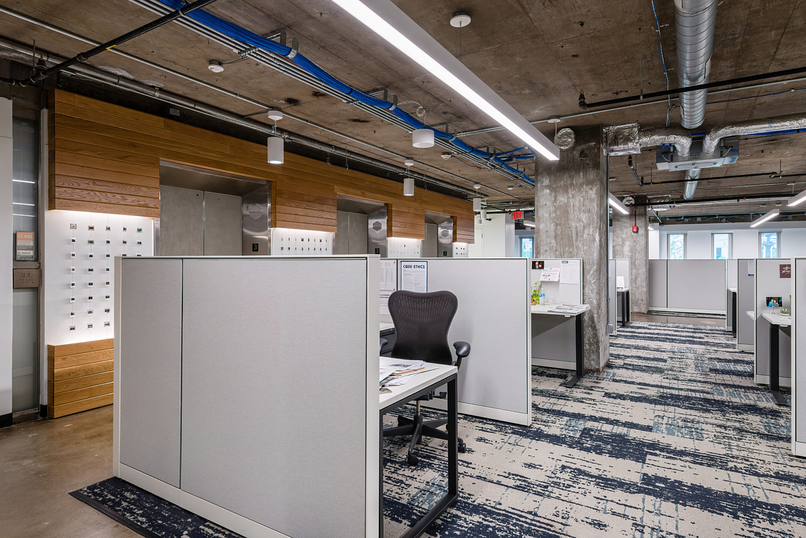 IBJ Project Highlight: desks and dividers