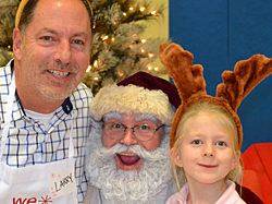 WeCare event 2018: posing with Santa