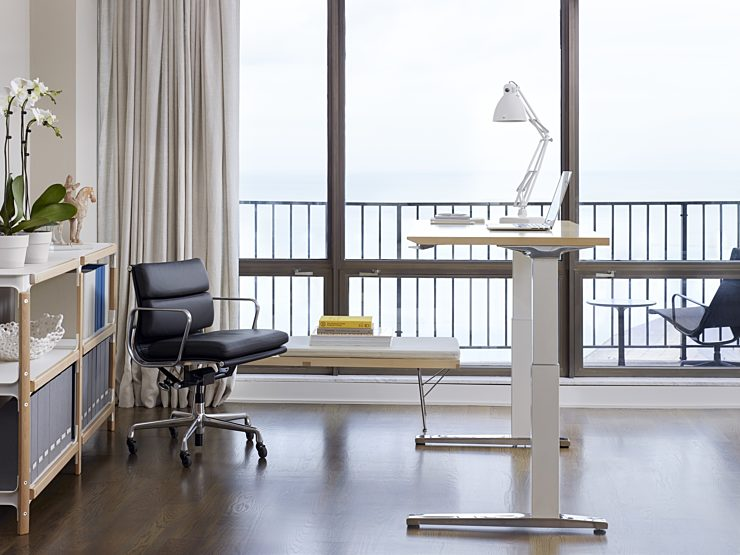 Renew Sit to Stand Desk with black chair
